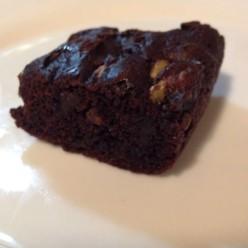 Healthier Brownies (Gluten-Free, Dairy-Free, Refined Sugar-Free)